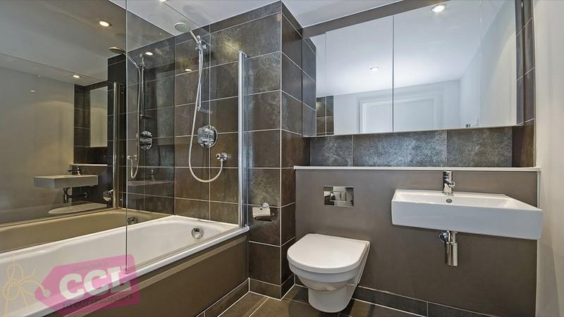 bathroom-fitter